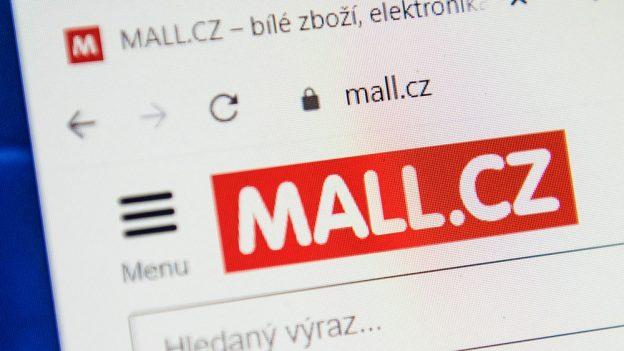 Získejte slevový kupón Mall 1000 Kč, na Messengeru vám ho dá chatbot Eva